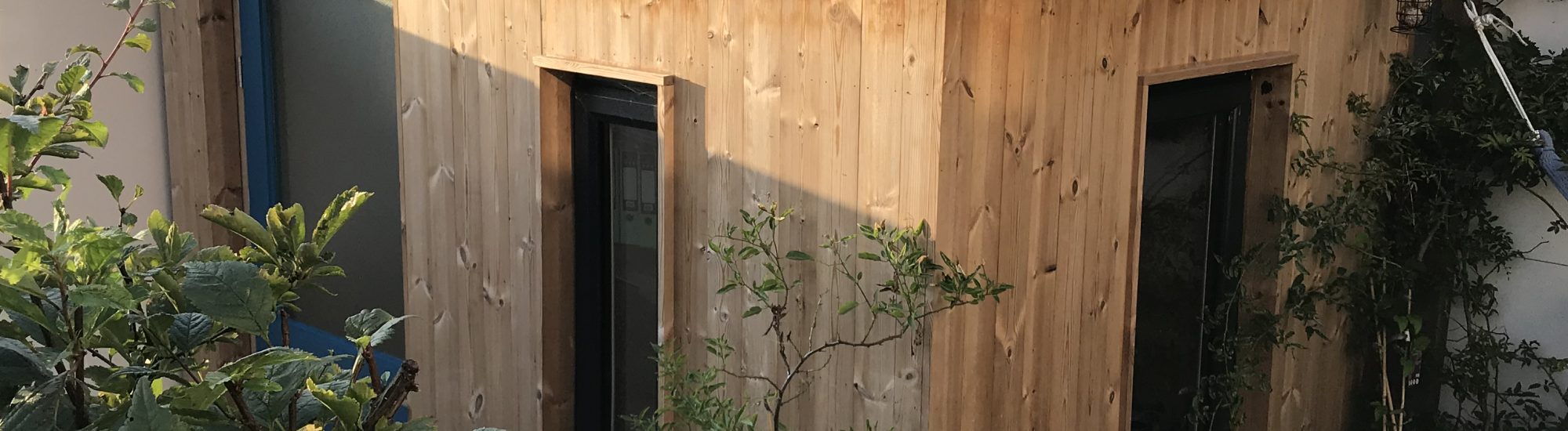 Newquay Garden Office 2000x550 - Offices